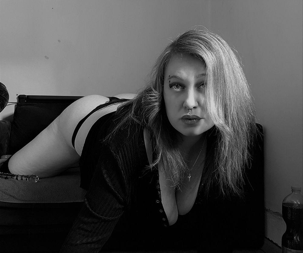 Photo von CURVES-SELIN
