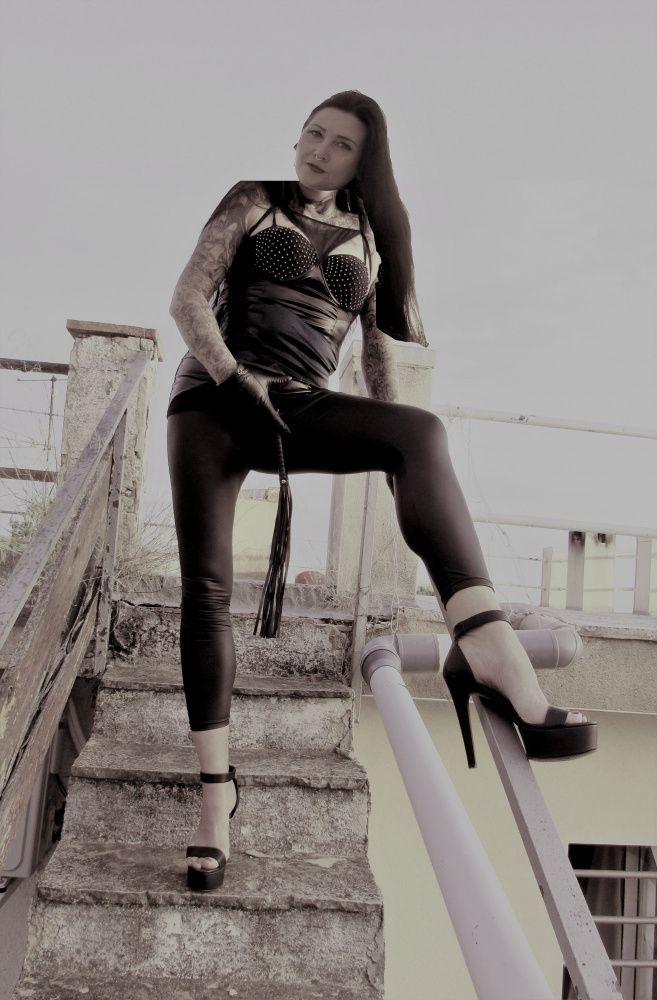 Photo von  MISS MONA